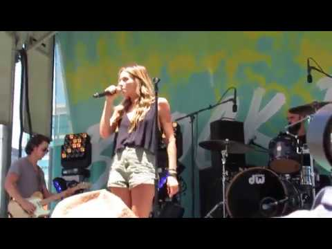 Carly Pearce - Hide The Wine (CMT's Summer of Music Block Party)