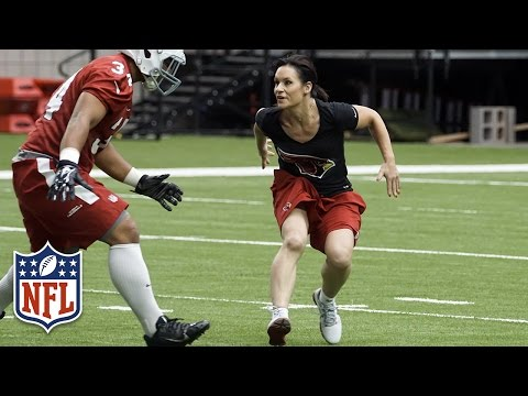 The Football Journey of Jen Welter   NFL Canada   Play 60