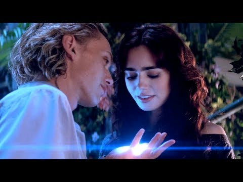 The Mortal Instruments: City of Bones Extended Clip