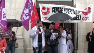preview picture of video 'la minute de silence du 3 avril 2014 a l hopital de saint jean dangely'