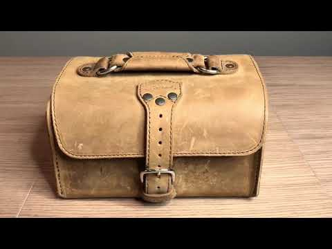 Saddleback Leather Travel Case Review (two year use)