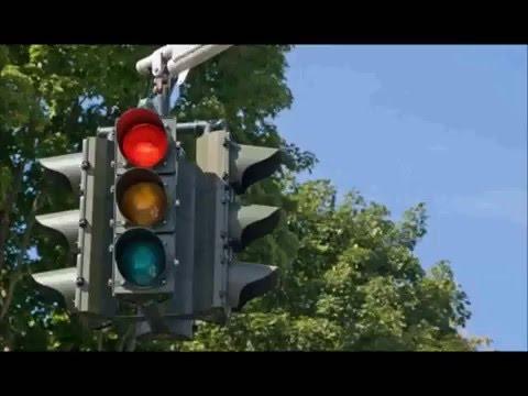 Como evitar colisões, assaltos e multas em semáforos