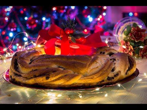 Ghirlanda natalizia di pan brioche