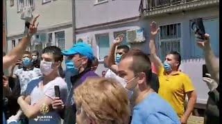 Negodovanje i povici na Vladu Srbije u Novom Pazaru