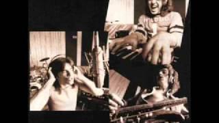 CHILLIWACK - LIVING IN STEREO [STILL PICTURES].flv