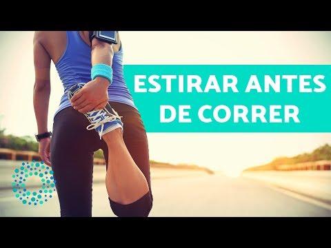 Los ejercicios para el adelgazamiento de la grasa sobre la espalda