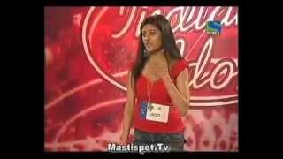 Harshi Hosting Indian Idol 4