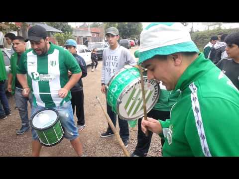 """Va tomando color"" Barra: La Banda del Sur • Club: Banfield"