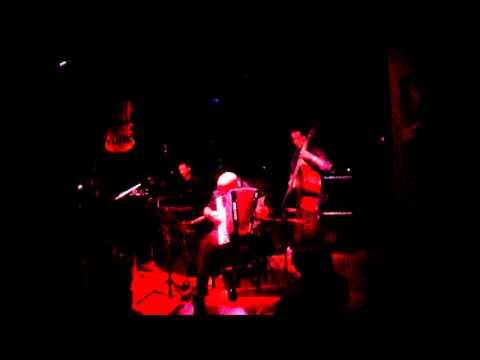 Yiorgos Psihoyios trio - 'Manouche Mamma'
