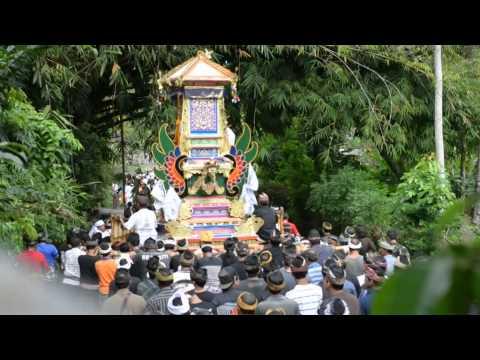 Pengabenan-Pasek-Baleran-Desa-Tegak-Klungkung.html