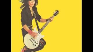 Joan Jett Tossin & Turnin