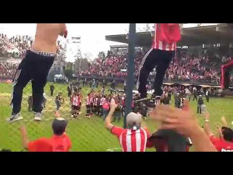 """""""La hinchada de 'estudiantes'"""" Barra: Los Leales • Club: Estudiantes de La Plata"""