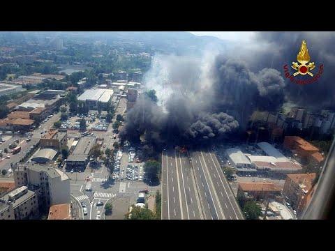 Μπολόνια: Βίντεο καταγράφει τη στιγμή της μεγάλης έκρηξης μετά από καραμπόλα…