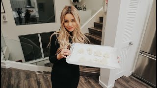 last minute christmas shopping, baking cookies, vlogmas day 24!