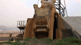 preview picture of video 'Tagebau Garzweiler, Bagger 258'