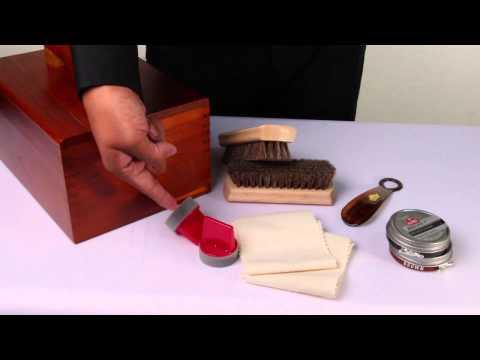 Kiwi Shoe Shine Valet Kit