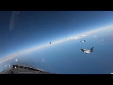 Βρετανικά αεροσκάφη αναχαιτίζουν ρωσικά μαχητικά