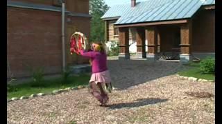 Шаманский танец с бубном Айзадахан Зулпу Кызы.avi