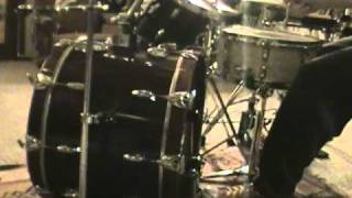 ELO KIDDIES - Cheap Trick drum beat - ala Bun E Carlos