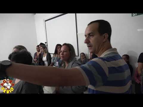 Confusão na abertura de contas para funcionários da Prefeitura no Banco Santander.