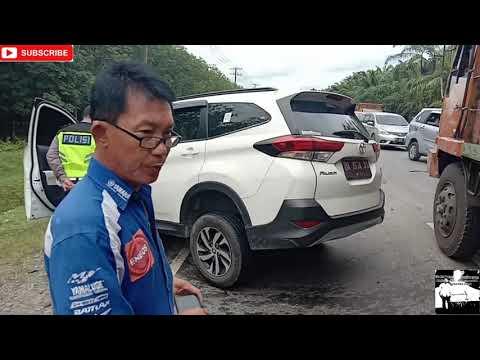Tabrakan Dua Mobil di Jalinsum Kawasan Pondok Jati Asahan, Korban Luka Parah