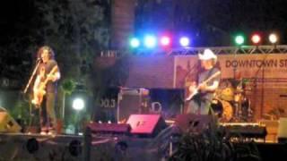 Dada live Dizz Knee Land 07-30-09