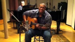 Michael Lynche - RB Acoustic Sessions - Speechless