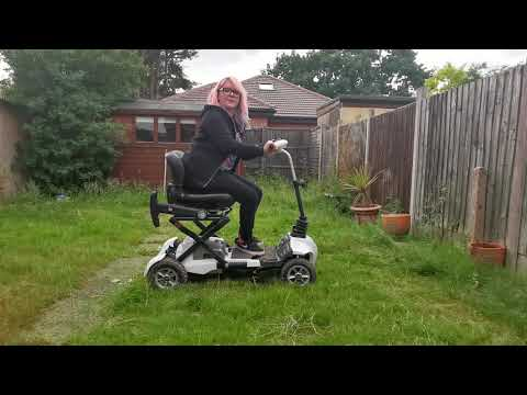 How to fold the TGA Maximo mobility scooter: Natalie South Para Dressage Rider - vlog 2 YouTube video thumbnail