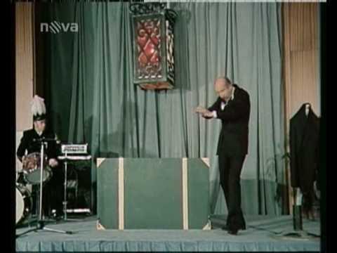 Petr Nárožný - Čaroděj Nárožný...