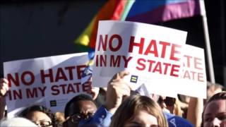 UK warns gay travellers about US anti-LGBT laws