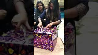 So Funny Gift Box 1Onion || Pyaj Unboxing || Best Gift 2019