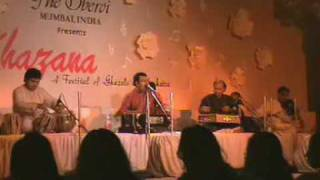 jitesh sundaram sings rangat teri zulf at khazana   - YouTube