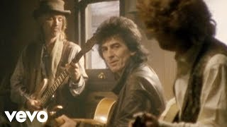 The Traveling Wilburys   End Of The Line (Official Video)