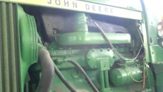 preview picture of video 'Restored John Deere 4230 - John Deere Land Kfar Tavor Israel 2012'