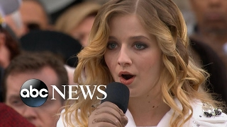 Jackie Evancho Sings the National Anthem at Trump's Inauguration