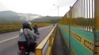 Mujer Se Suicida Con Su Hijo COLOMBIA