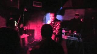 WABITEM LIVE - 1ERE PARTIE D ' EL GAOULI ( DÉSORDRE MONDIAL )  - 08-11-2010 .mov