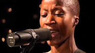Rokia Traoré - Ka Moun Kè (Live on KEXP)