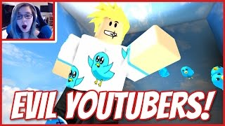 ROBLOX ESCAPE THE EVIL YOUTUBERS | LOOK MOM I