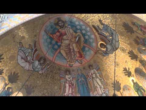 Купола церкви цвета