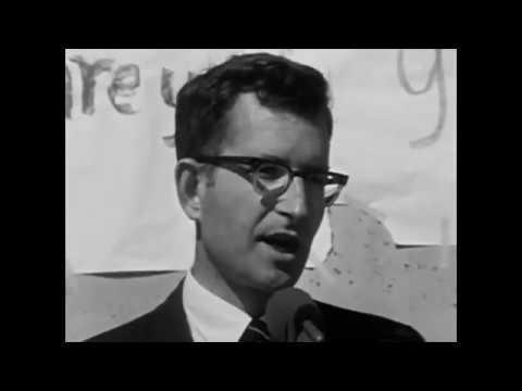 Noam Chomsky – Manufacturing Consent (1992) (Sub Spanish)