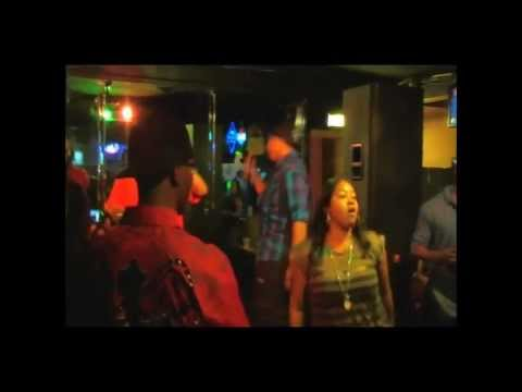 NaTuRaL live @ The Beach Club part1.wmv