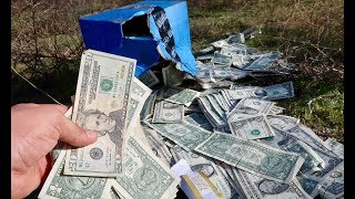 FOUND BOX OF MONEY!! - Video Youtube