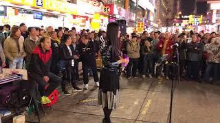 昨天今天下雨天「首次演唱此彭家麗的歌曲,抱恙了聲音更性感!」(2017-12-31)香港街頭藝人及唱作音樂人彭梓嘉老師