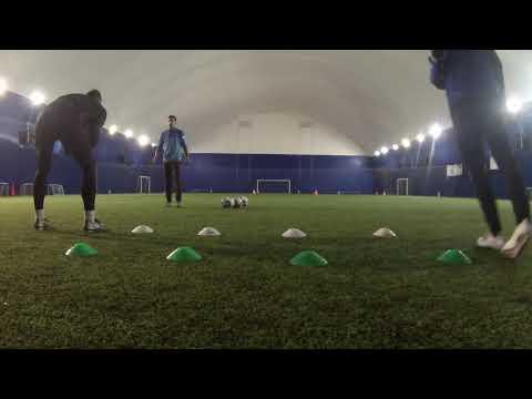 Тренировка вратарей. Упражнения с теннисным мячом. Тренер - Лев Горелик
