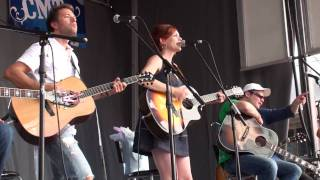 JESSIE FARRELL - FELL RIGHT INTO YOU - CCMA - FANFEST - 2009