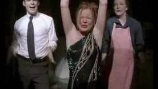 Claire chante