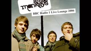 Arctic Monkeys - BBC Radio 1 Live Lounge (2006) (Download)