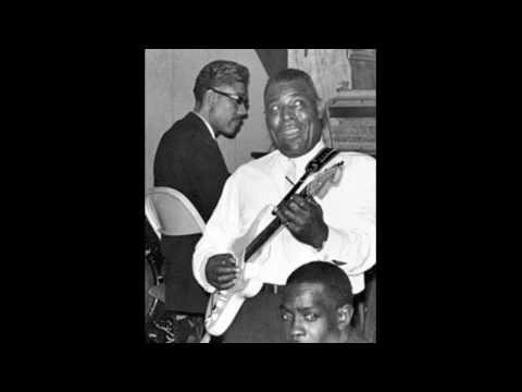 Smokestack Lightning (Song) by Howlin' Wolf