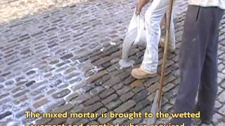 preview picture of video 'Hitchin Old Market Square Sett Paving Re-jointing'